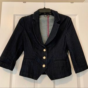 Express fitted short jean jacket with gold buttons